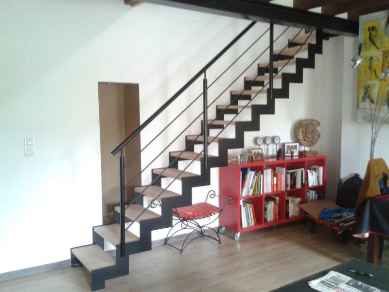 Les escaliers tour du bois Escalier intérieur & extérieur Acier/Bois ...